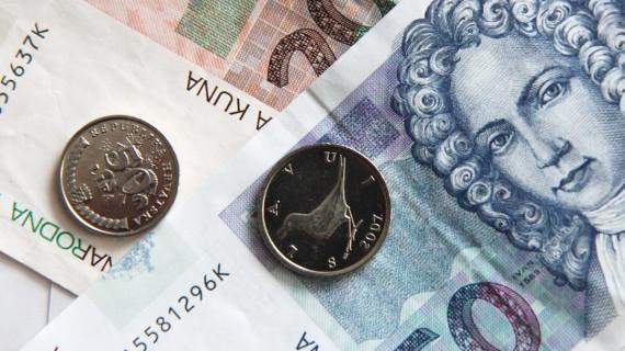 Znatno smanjenje proračunskog deficita uz preokret u trendu javnog duga