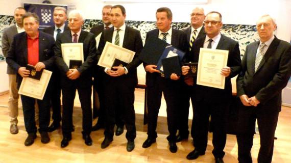 Dodijeljene Plakete Zlatna kuna najuspješnijim tvrtkama s područja HGK Komore Zagreb