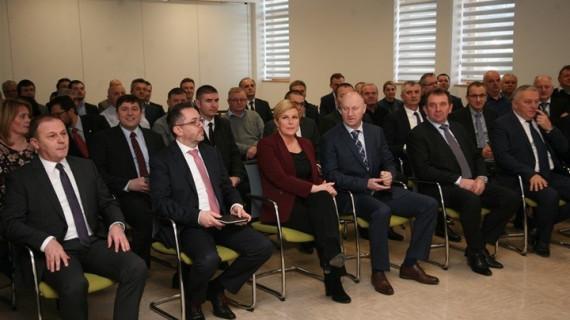 Susret gospodarstvenika s predsjednicom RH Kolindom Grabar Kitarović u Humu na Sutli