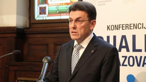 Burilović: Dualno obrazovanje zadržat će mlade u Hrvatskoj