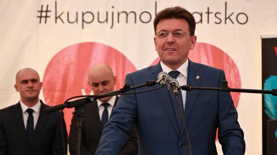 Predsjednik HGK: Ne želimo da u inozemstvo odlazi hrvatski hrast već hrvatski namještaj