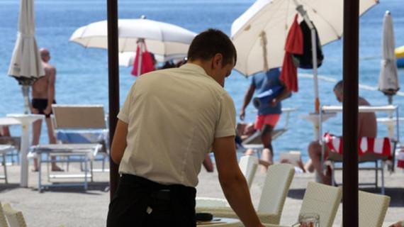 Najava za okrugli stol Strana radna snaga – izazovi i rješenja za uspješnu turističku sezonu