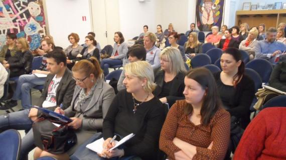 U Sisku održana besplatna edukacija o sprječavanju pranja novca i financiranja terorizma za računovođe, knjigovođe, revizore i porezne savjetnike